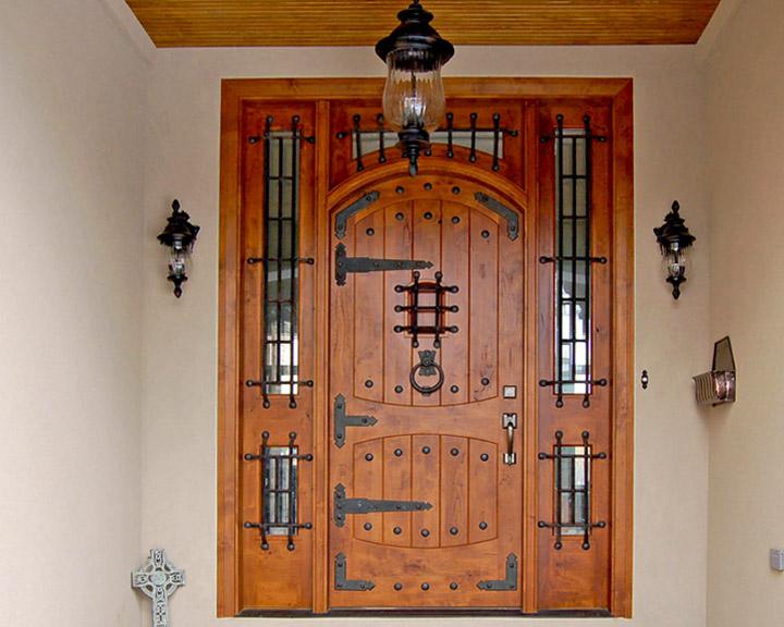 custom_door2